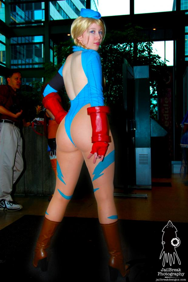 Street fighter cammy cosplay ass for that
