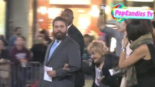 Zach has brought Mimi with him to the premieres of The Hangover, The Hangover 2, and Campaign. Mimi says she's often mistaken for Zach's girlfriend.